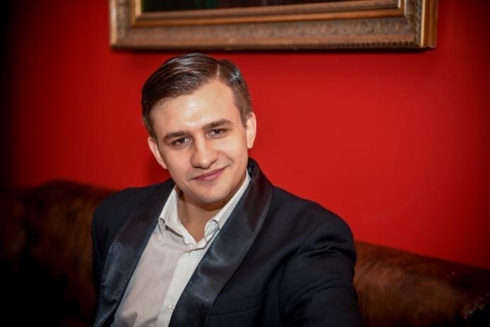 ДЕБЮТ. КОНСТАНТИН ЗАХАРОВ