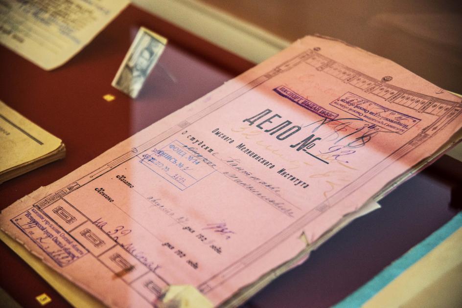 Писатель и врач. Двадцать лет ГУЛАГа Пантюхова и «Колымские рассказы» Шаламова